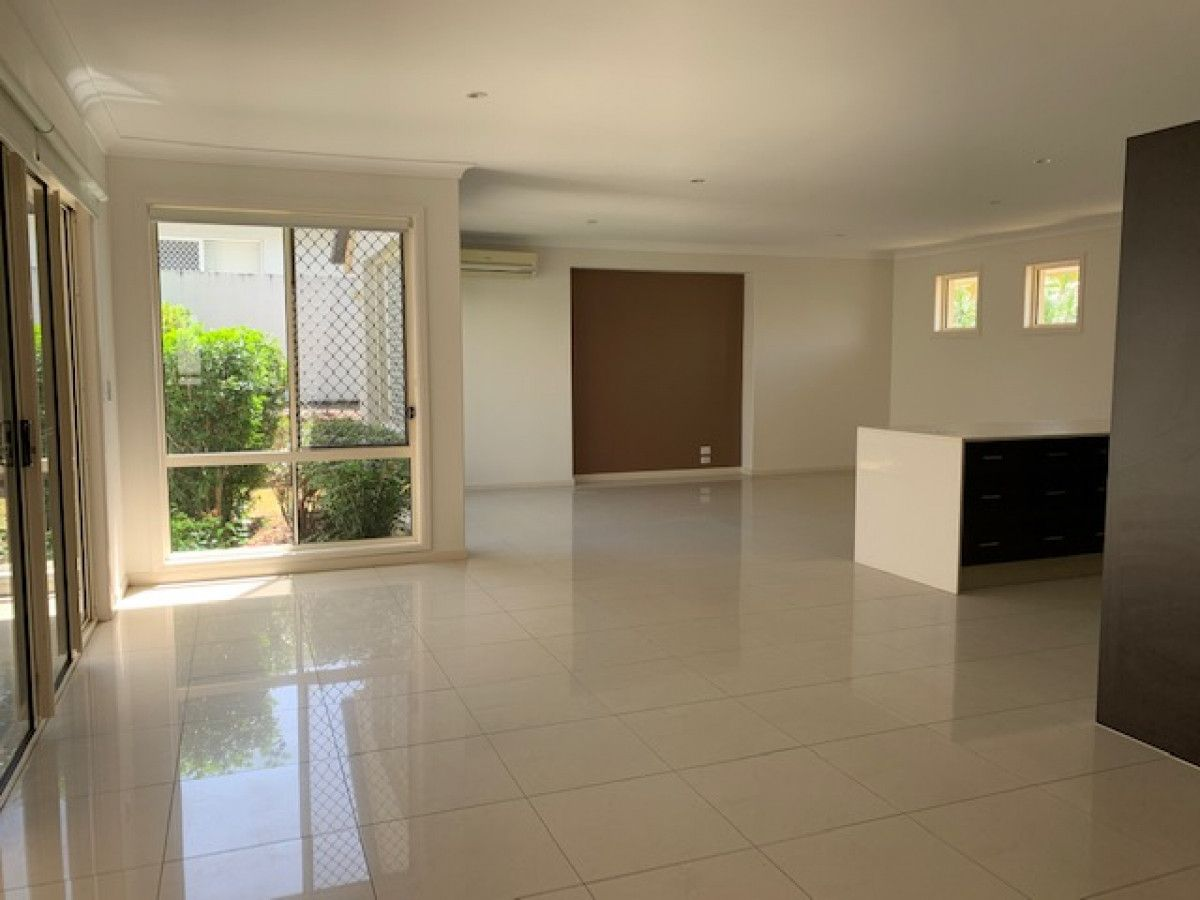 3 Orchid Tree Court, Robina QLD 4226, Image 2