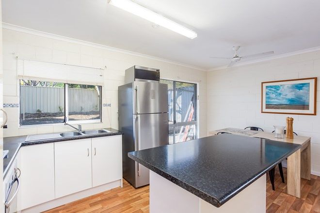 Picture of 6 Lukin Street, KILKIVAN QLD 4600