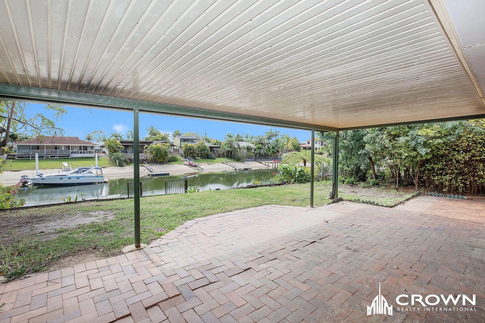 18 Cypress  Drive, Broadbeach Waters QLD 4218, Image 0
