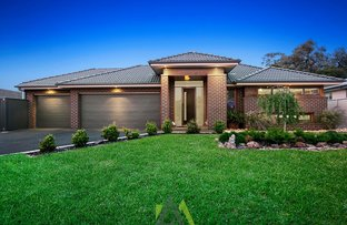 Picture of 4 Wood Duck Court, Langwarrin VIC 3910