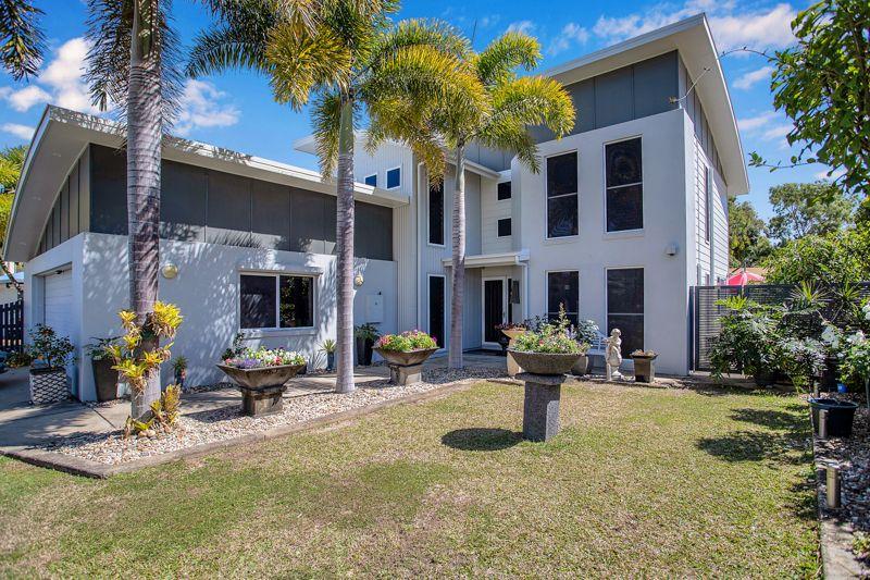 9-4 Bourke Street, Blacks Beach QLD 4740, Image 2