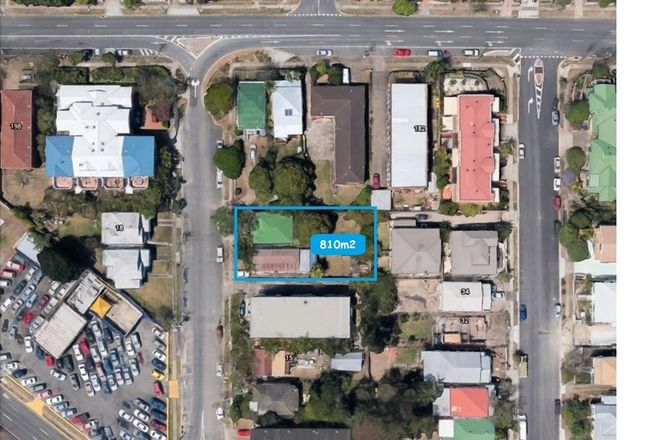Picture of 21-23 Logan Street, GREENSLOPES QLD 4120