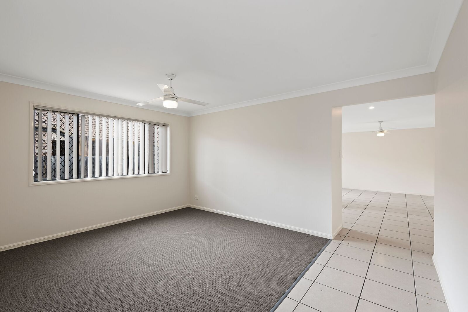 27 Lake Borumba Street, Logan Reserve QLD 4133, Image 2