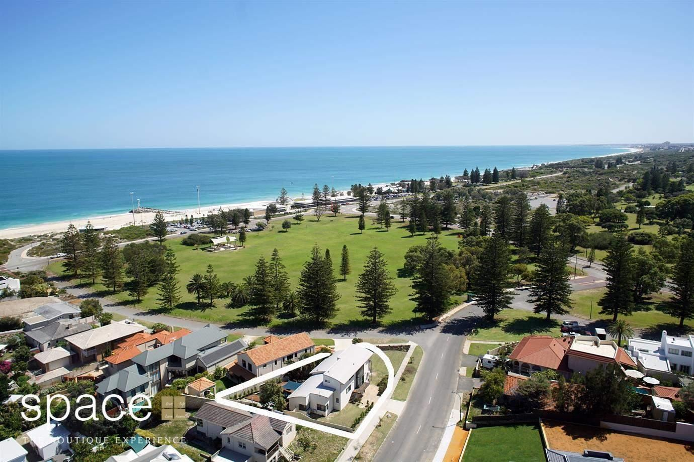 2 Branksome Gardens, City Beach WA 6015, Image 2