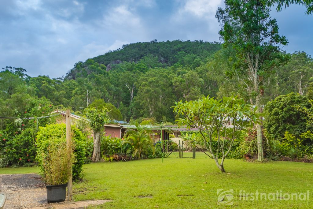 11 Knowles Place, Glass House Mountains QLD 4518, Image 0