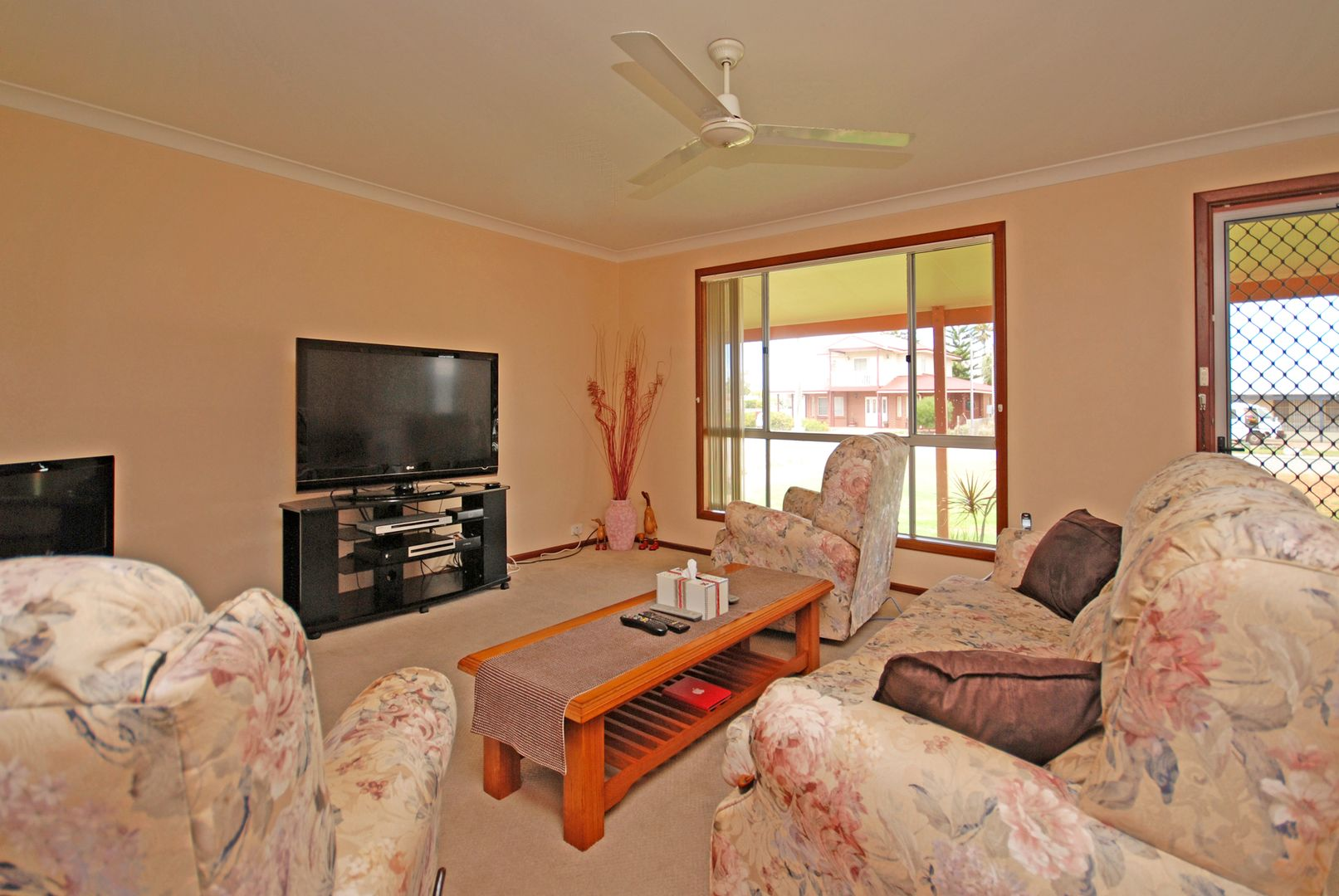 3 Coubrough Place, Jurien Bay WA 6516, Image 1