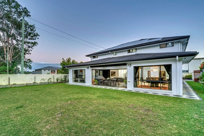 Picture of 124 Parklands Circuit, ROCHEDALE QLD 4123