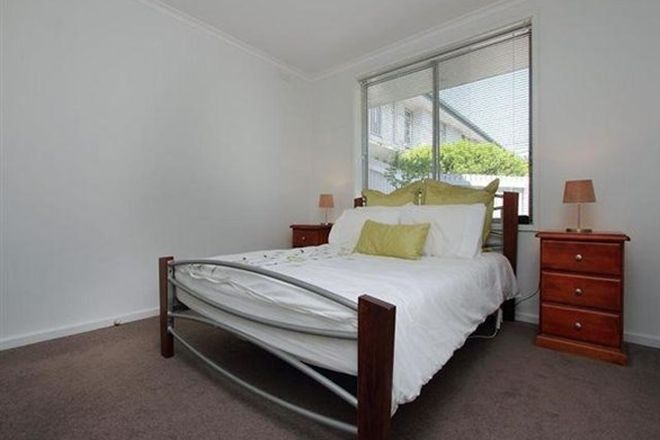Picture of 2/107 Warrigal Road, MENTONE VIC 3194