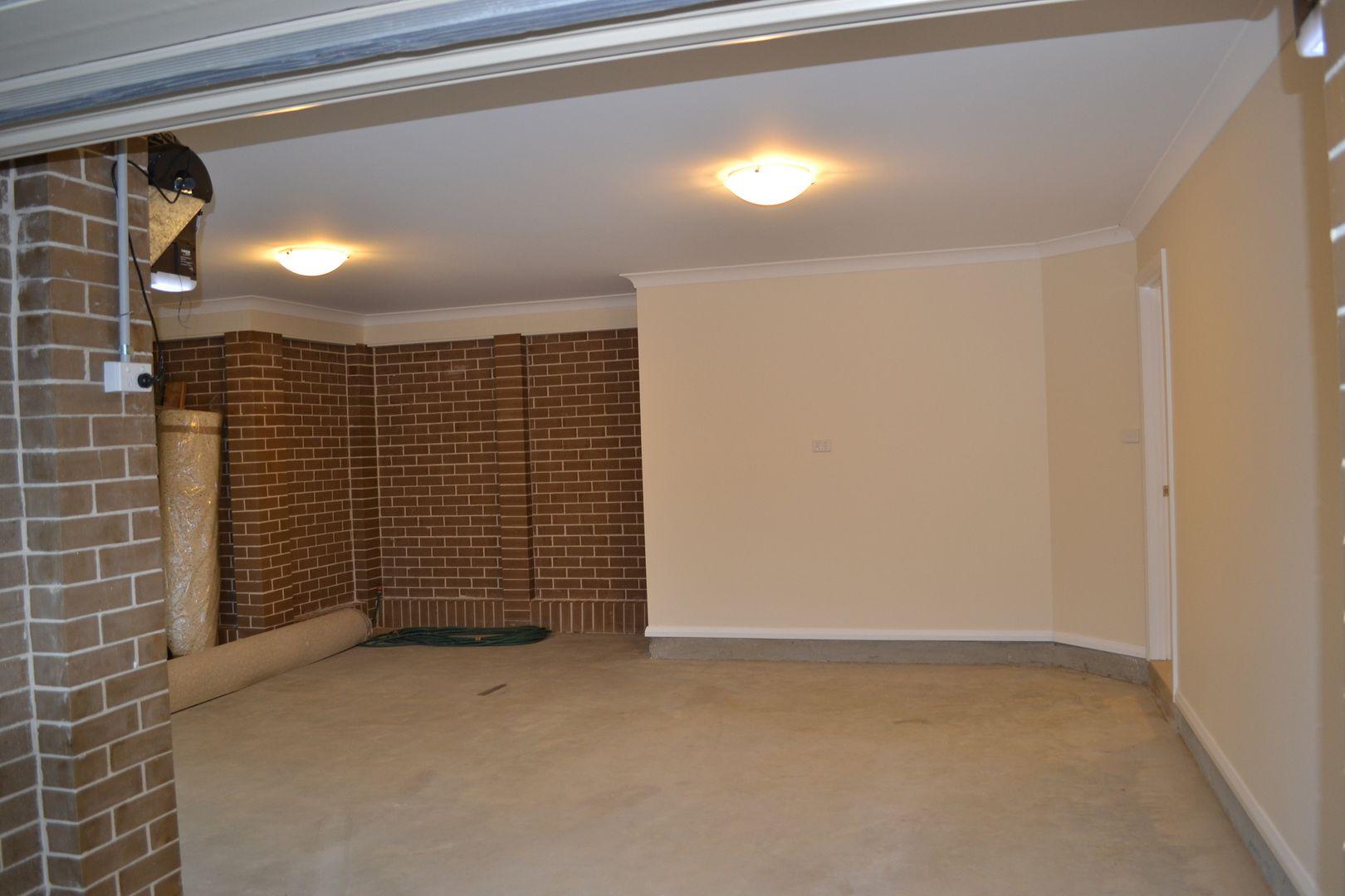 2 Lamont Place, Cartwright NSW 2168, Image 2