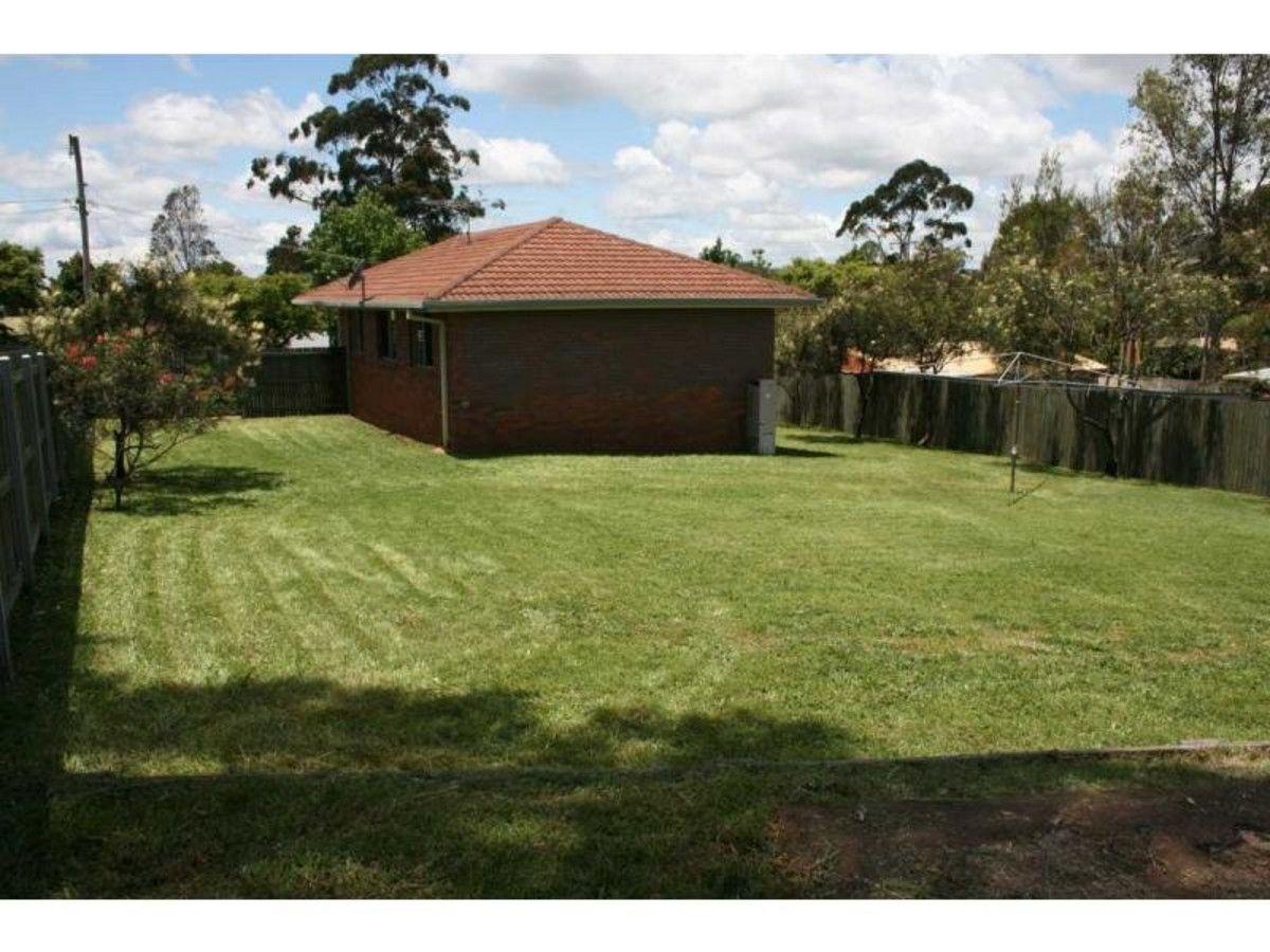 43 Marsala Court, Wilsonton Heights QLD 4350, Image 1