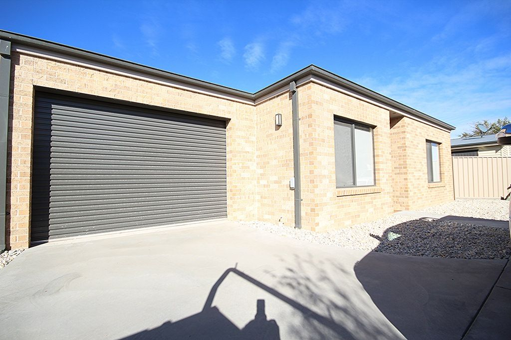 2/68 Wawunna Road, Horsham VIC 3400, Image 0