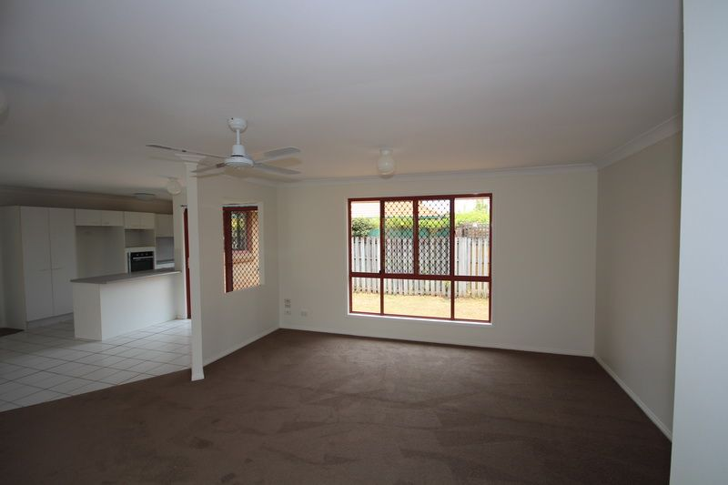 20 Bowerbird Place, Burleigh Waters QLD 4220, Image 2