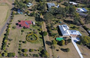15 Parkridge Drive, Withcott QLD 4352