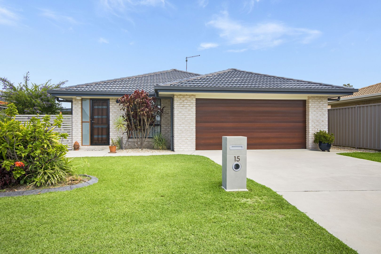 15 Harold Tory Drive, Yamba NSW 2464, Image 0