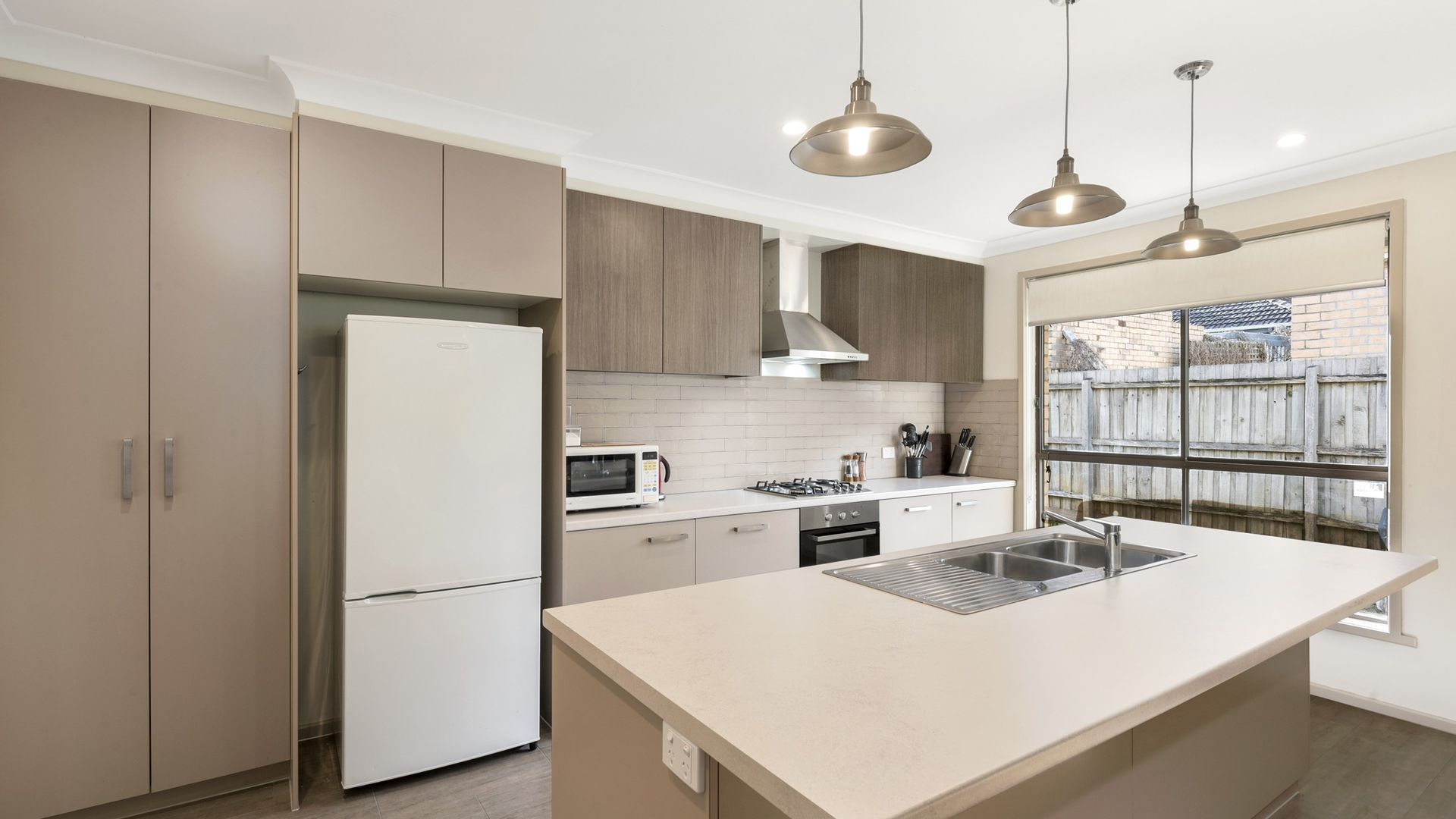 2 Ashby Court, Chadstone VIC 3148, Image 2