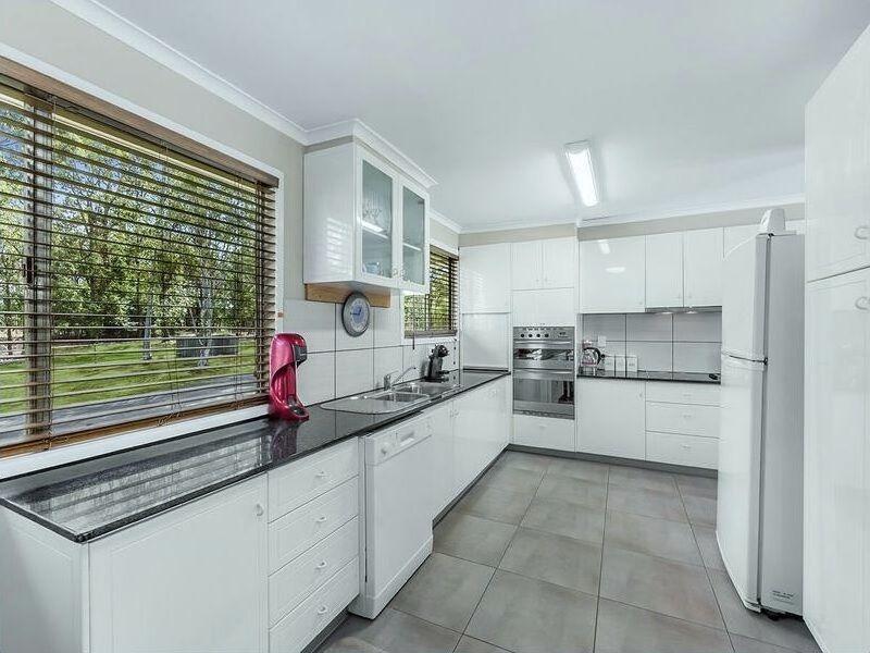 41 Arakurta Street, Lota QLD 4179, Image 0