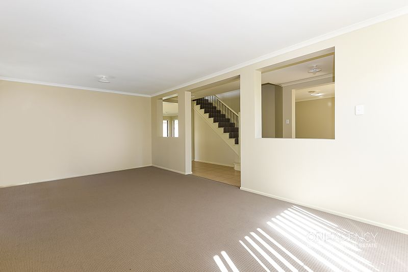 9 Abbotsford Place, Forest Lake QLD 4078, Image 1