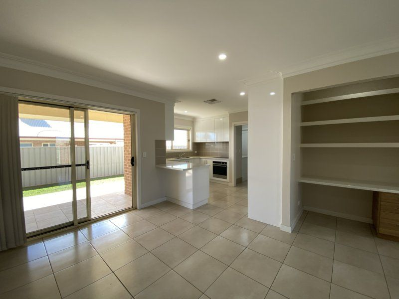72 Champagne Dr, Dubbo NSW 2830, Image 1