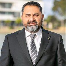 Ahsan Qureshi, Sales representative
