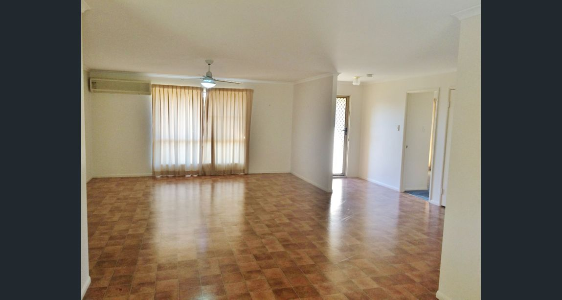 18 Burns Crescent, Wondai QLD 4606, Image 2