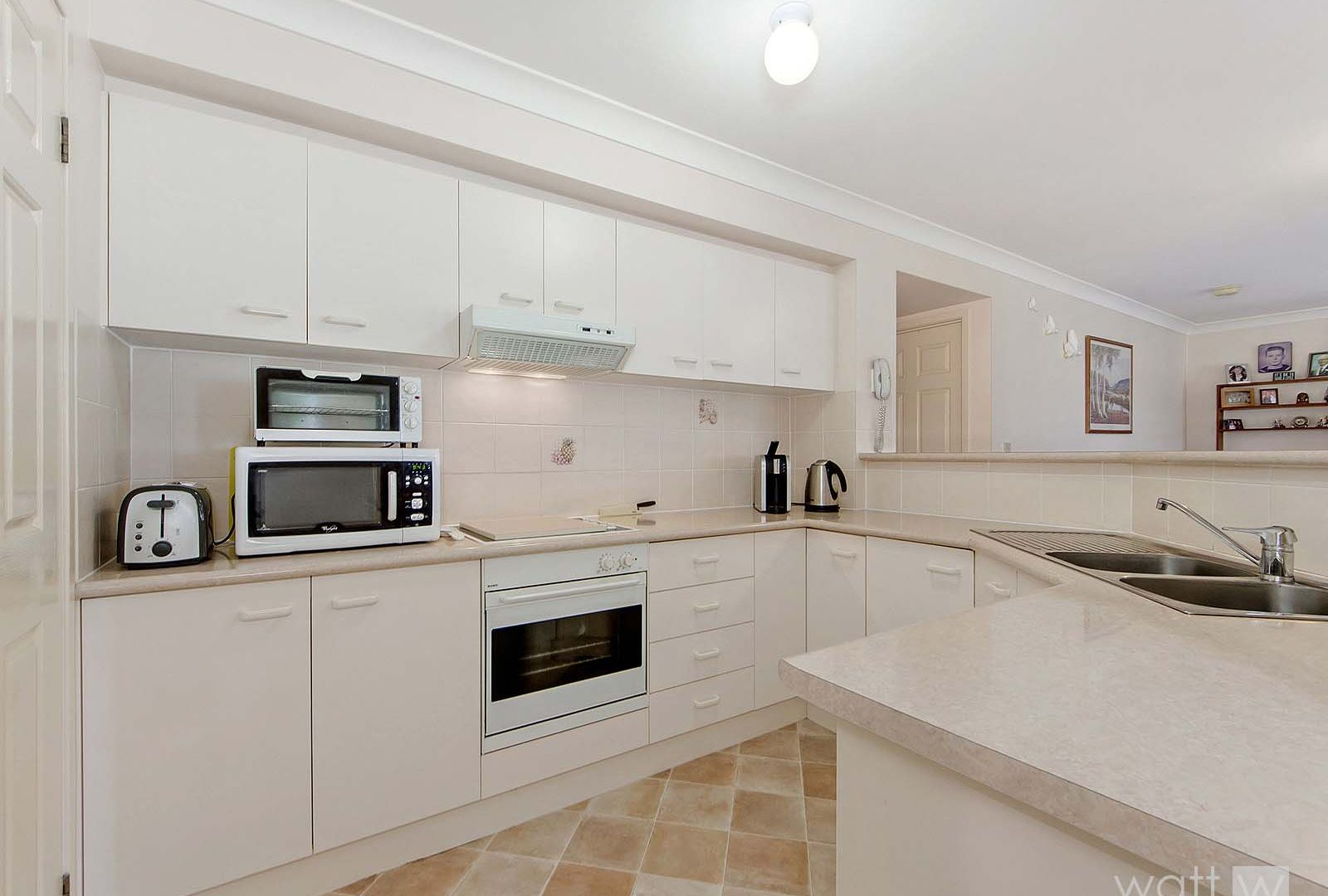 21 Accolade Place, Carseldine QLD 4034, Image 2