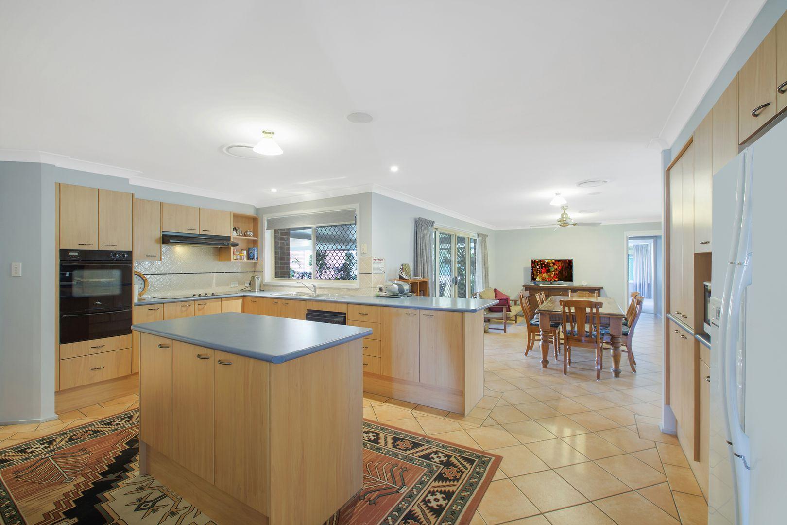 18 Dargin Close, Singleton NSW 2330, Image 2