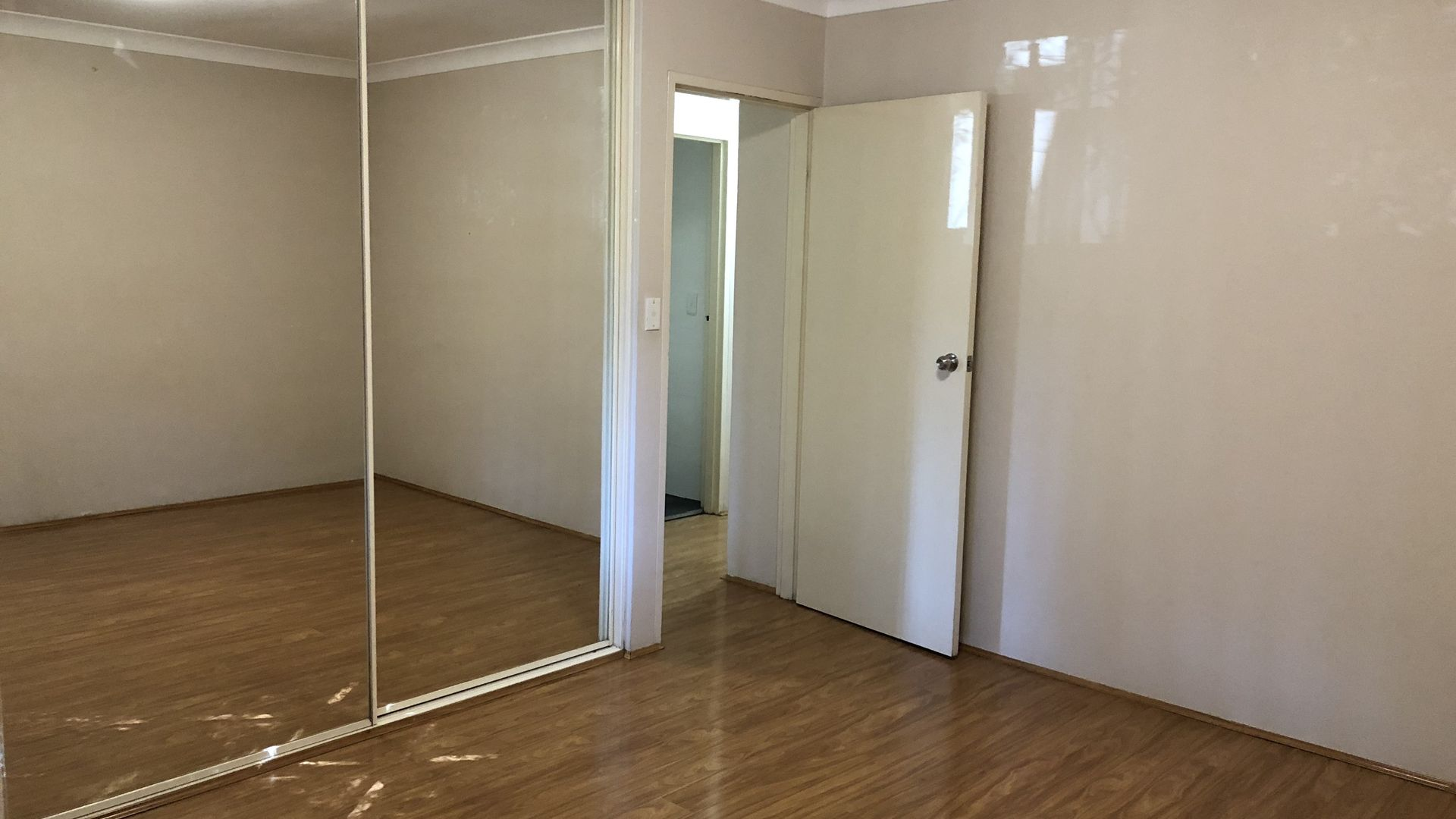 8/7-9 Queens Road, Westmead NSW 2145, Image 2