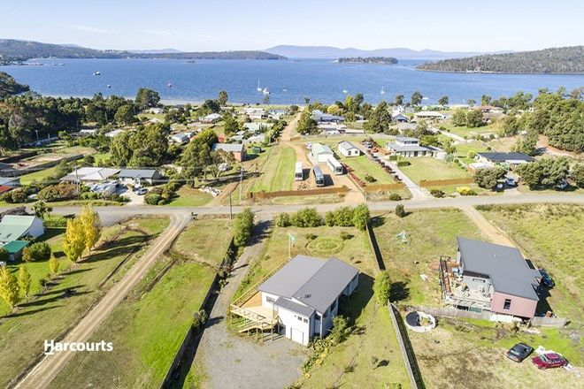 Picture of 36 Cemetery Road, DOVER TAS 7117
