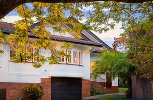 9 Hawken Drive, St Lucia QLD 4067