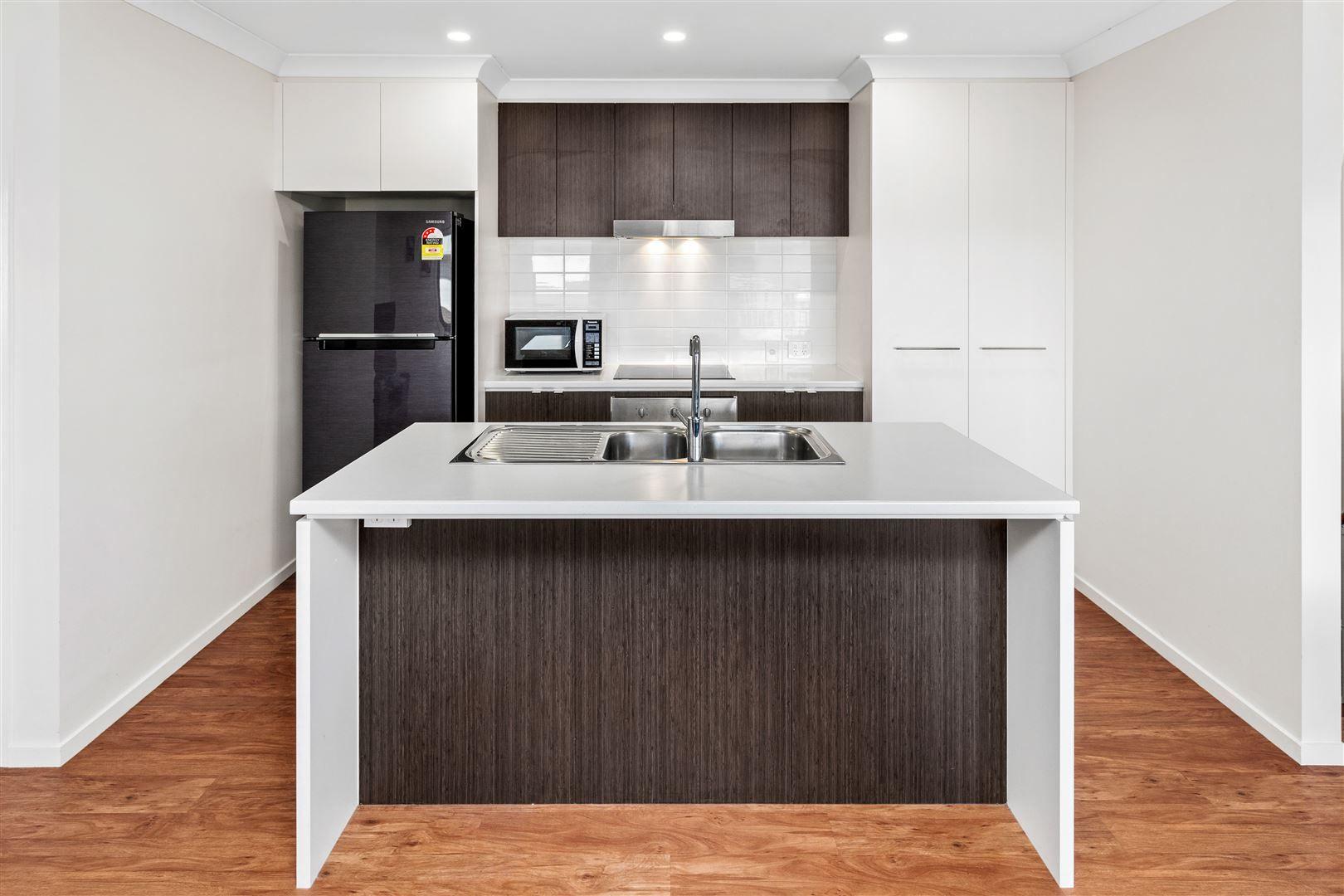 214/25 Farinazzo Street, Richlands QLD 4077, Image 1