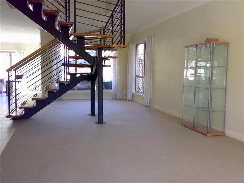 33 Phoenix Avenue, Beaumont Hills NSW 2155, Image 1
