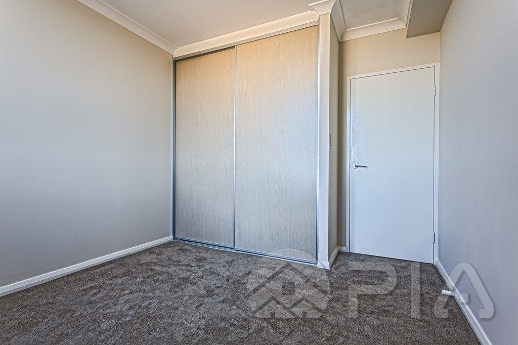 12/109-113 George Street, Parramatta NSW 2150, Image 2