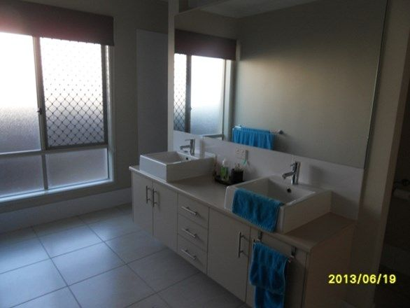 4 Olivevale Street, Ormeau QLD 4208, Image 1