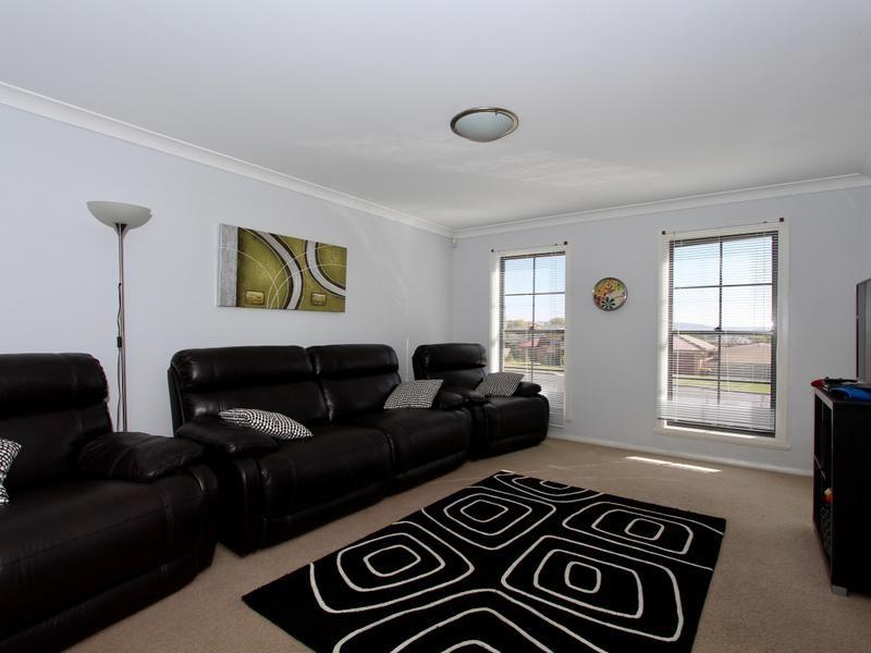 15 Joubert Drive, Llanarth NSW 2795, Image 1