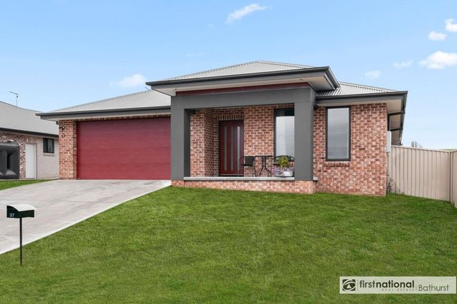 Picture of 37 Newlands Crescent, KELSO NSW 2795