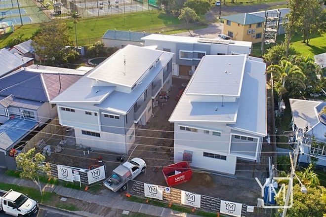 Picture of 17 Regent Street, CALOUNDRA QLD 4551