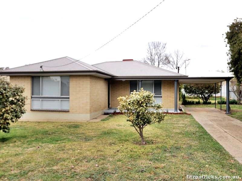 2 Berala Street, Kooringal NSW 2650, Image 0