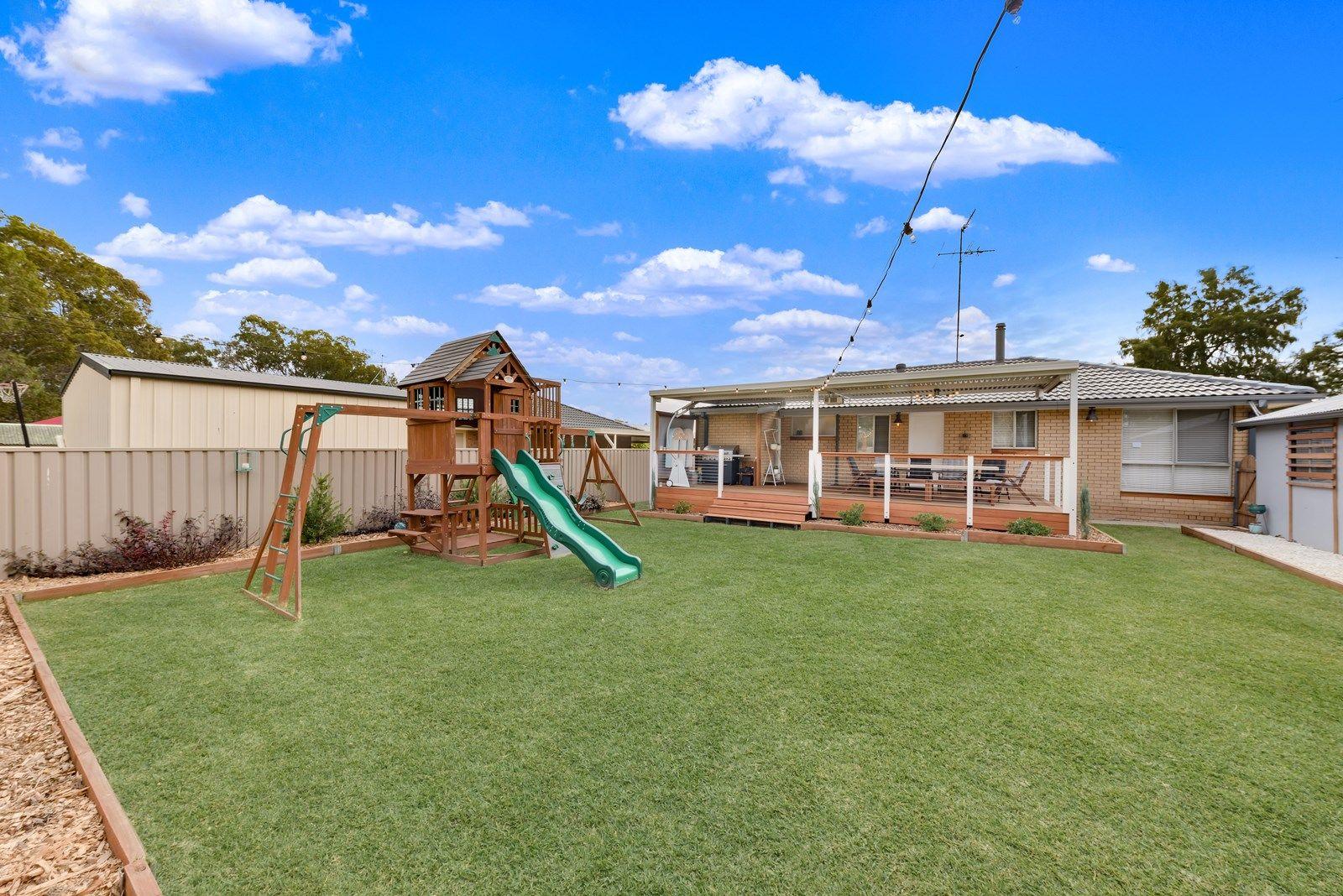 8 Mynah Close, St Clair NSW 2759, Image 2