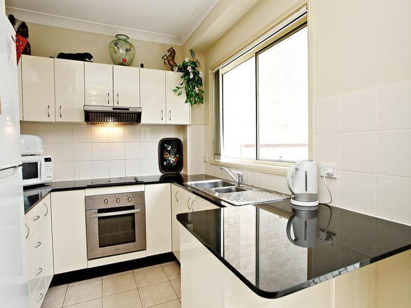 2/1 Kensington Park Road, Schofields NSW 2762, Image 2