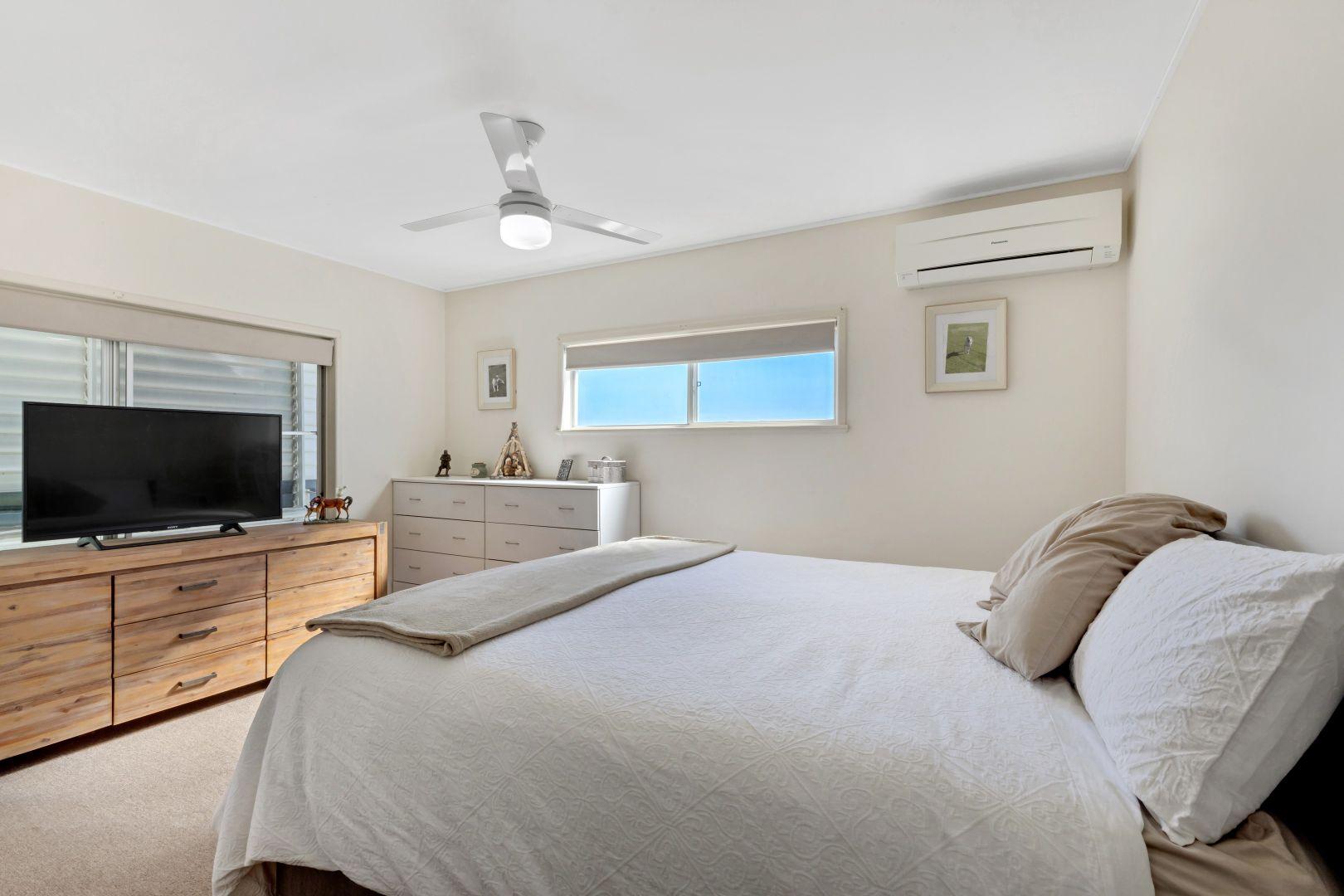 12 Leahy Street, Beaconsfield QLD 4740, Image 2