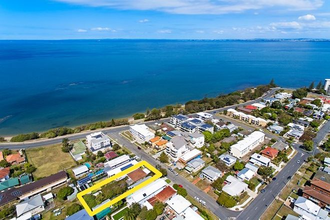 Picture of 8 Annie Street, WOODY POINT QLD 4019