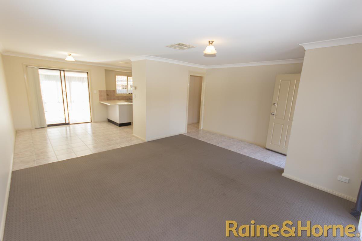 7 Furlong Street, Dubbo NSW 2830, Image 1