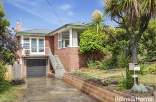 Picture of 214 Roslyn Avenue, Blackmans Bay TAS 7052