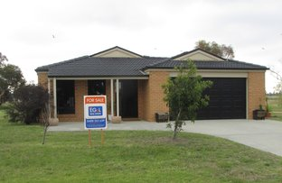8 Lake Tide Ave, Newlands Arm VIC 3875