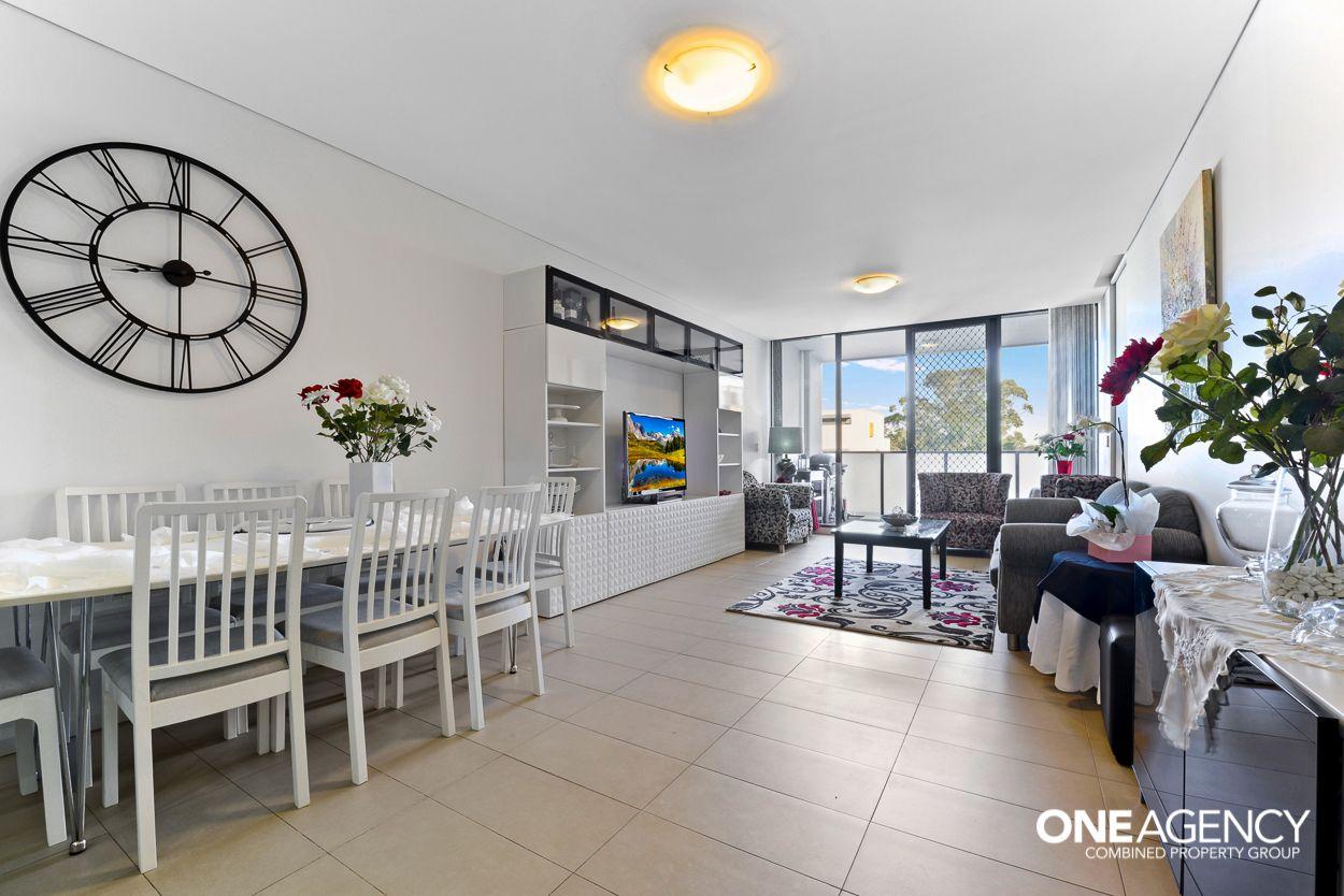 211/11C Mashman Avenue, Kingsgrove NSW 2208, Image 2