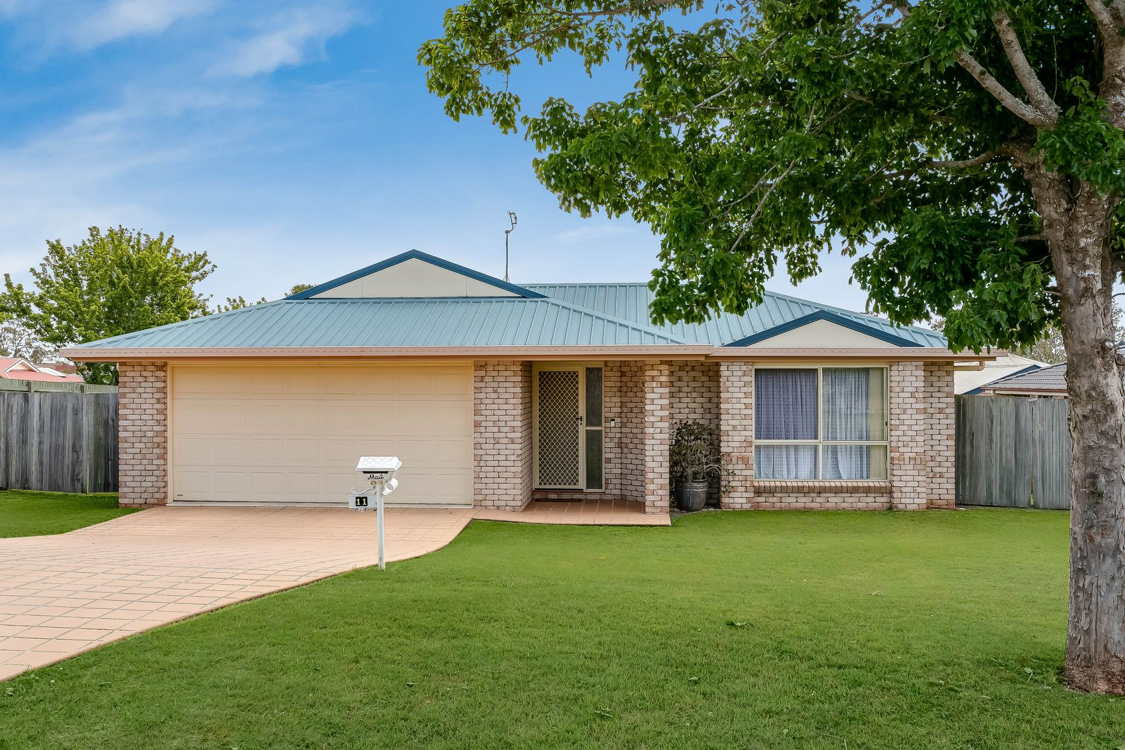 11 Sweetapple Crescent, Centenary Heights QLD 4350, Image 0