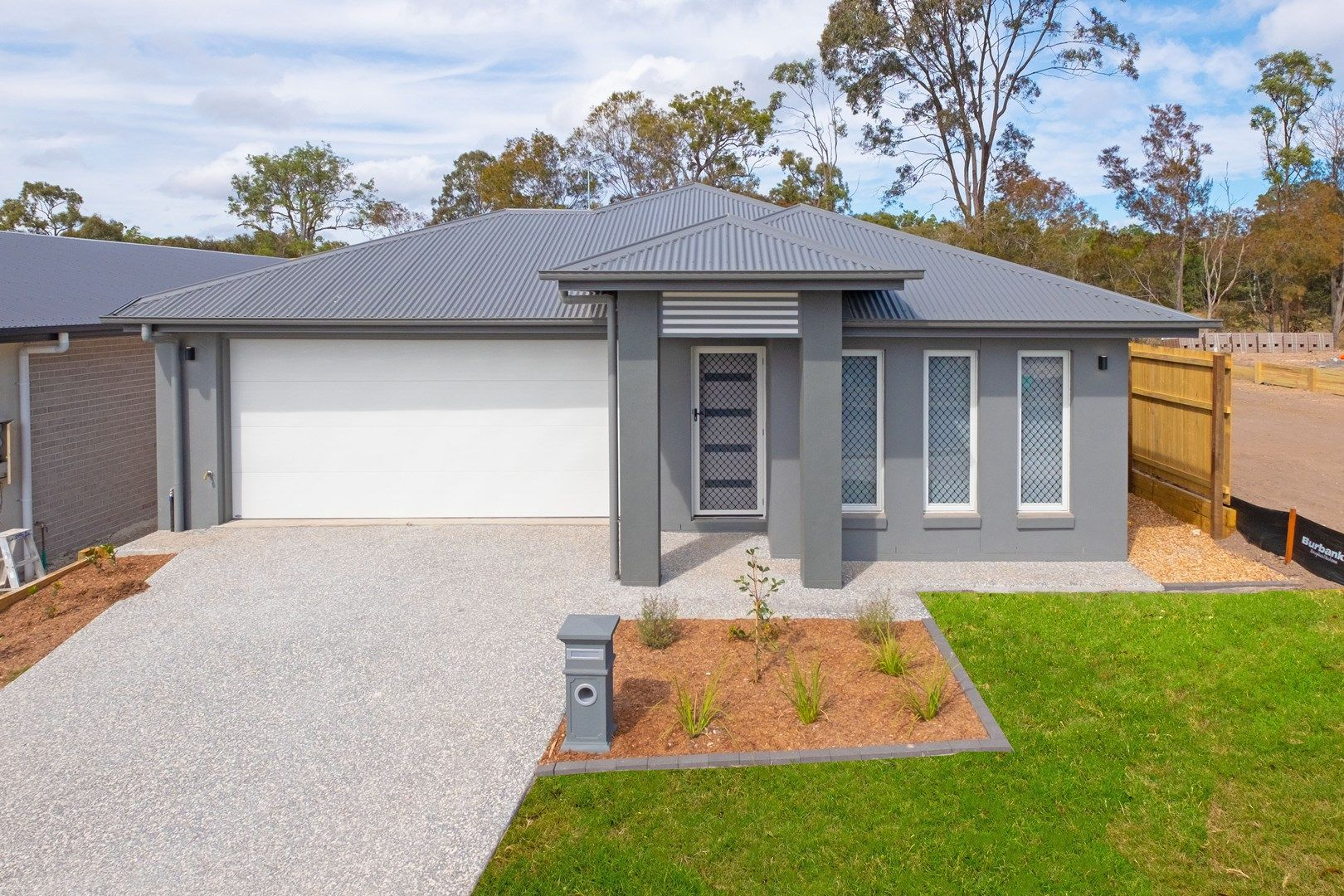 92 Mount Huntley Street, Park Ridge QLD 4125, Image 1