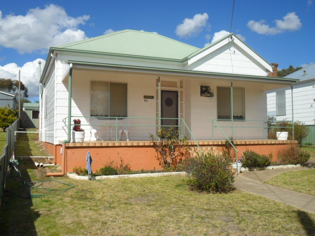 62 East, Harden NSW 2587, Image 0
