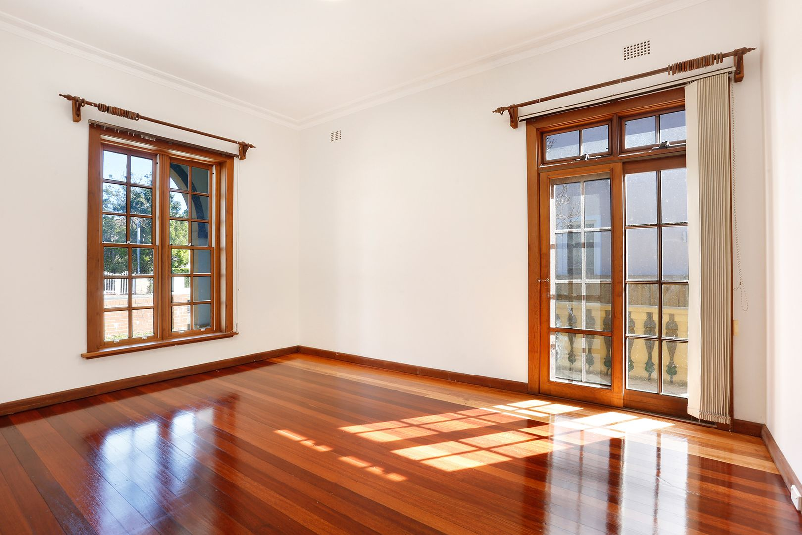 9 Chatswood Avenue, Chatswood NSW 2067, Image 1