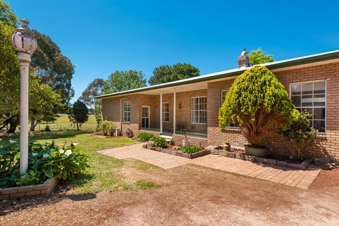 Picture of 470 Couangalt Road, GISBORNE SOUTH VIC 3437